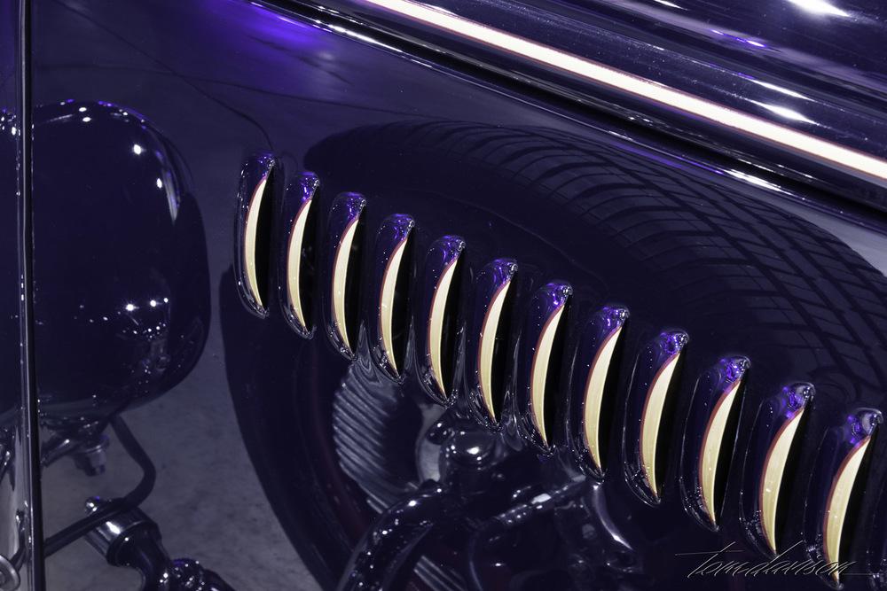 Detail hood louvers