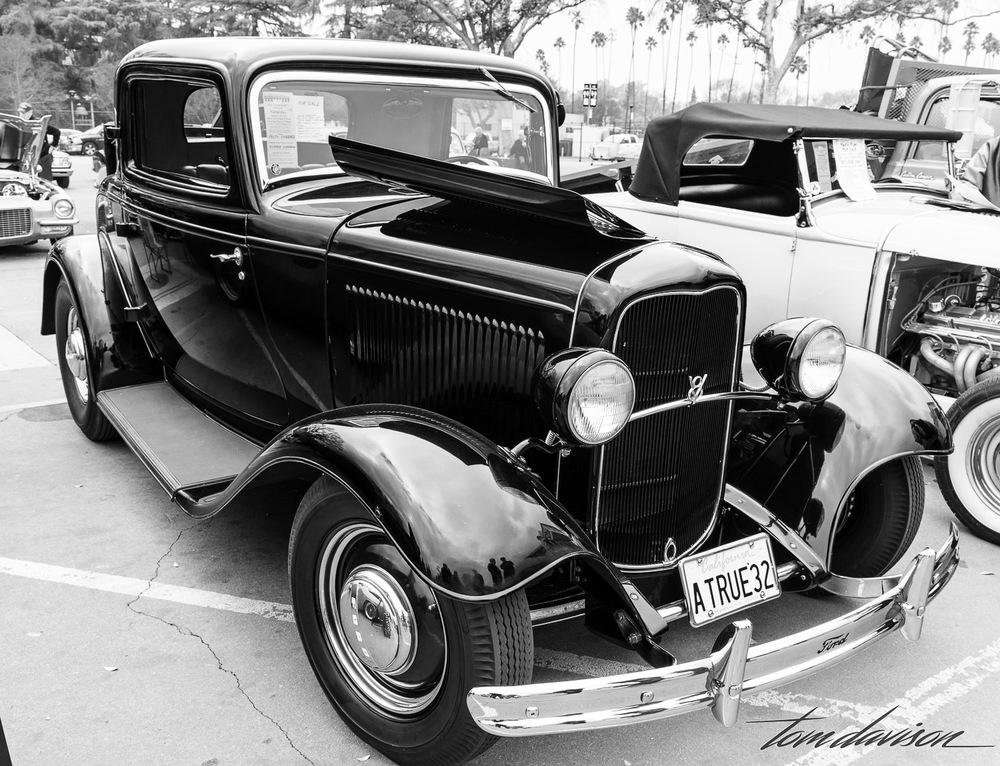 Classic deuce three window coupe