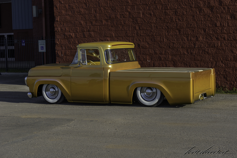 1950s Ford pickup.
