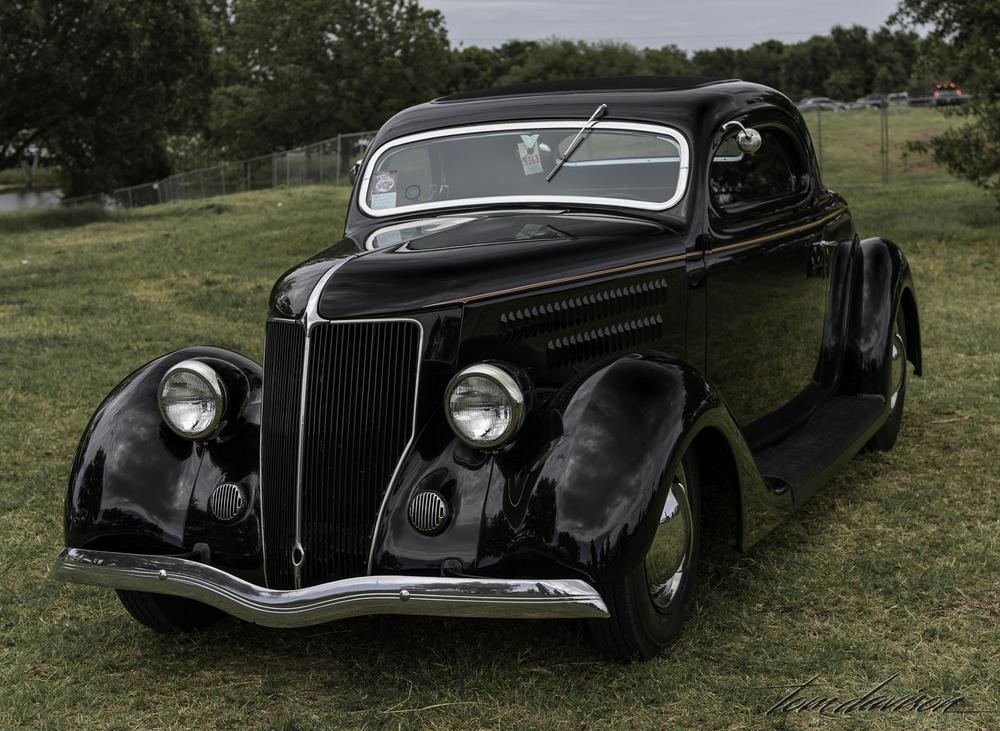 Same 1936 Ford three window.