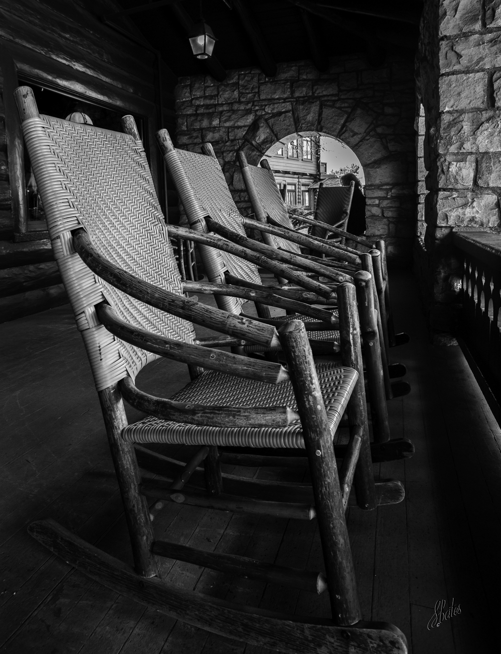 Rest at El Tovar Hotel.