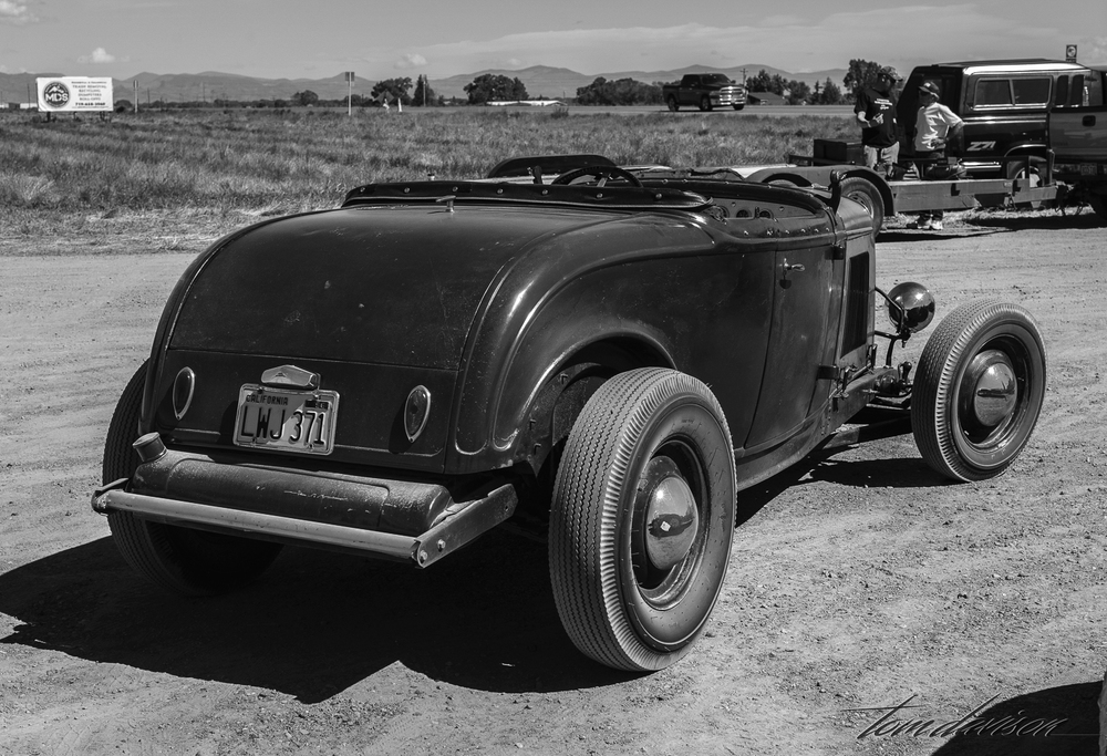 1932 Ford roadster.