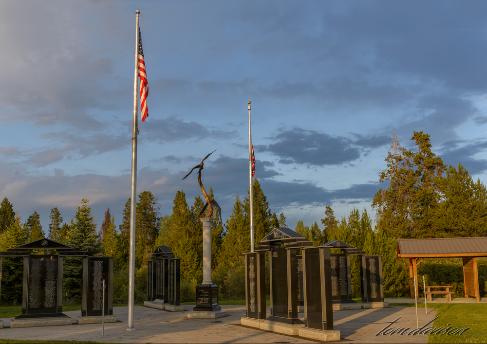 Pinedale's War Memorial.