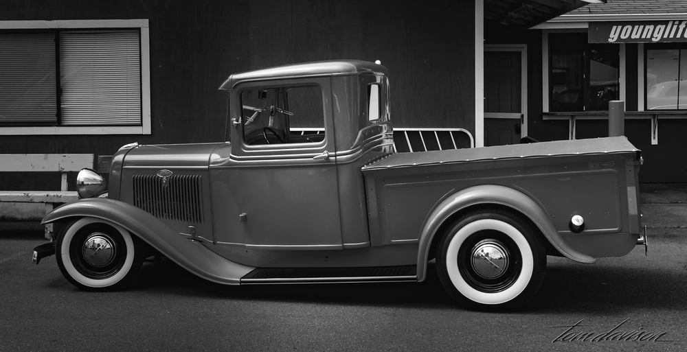 1932 Ford Pick-up.