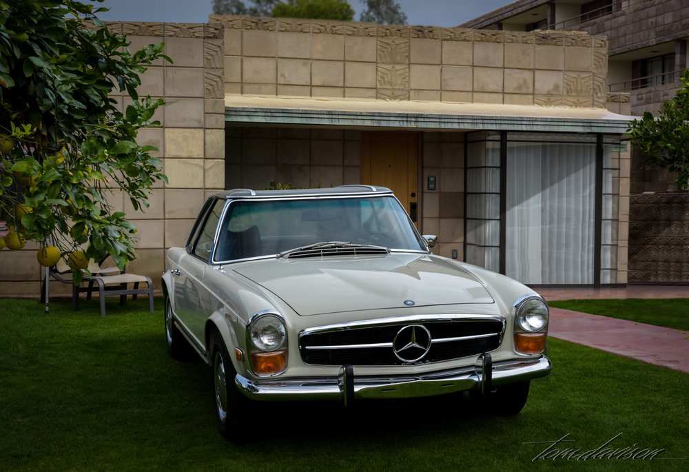 Mid-sixties Mercedes sports coupe.