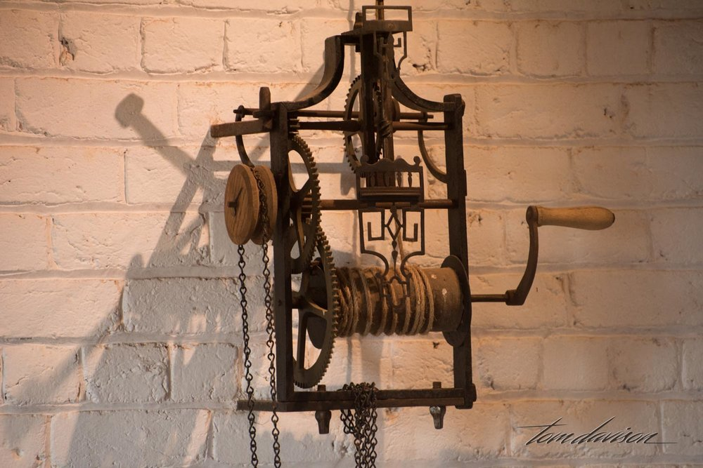 The spit jack used to rotate roasting meats.