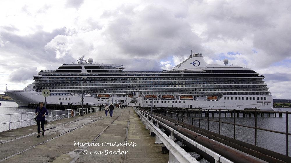 A. Marina Cruiseship 1086.jpg