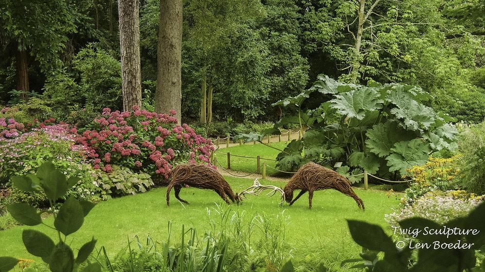 Twig Sculpture 1005.jpg