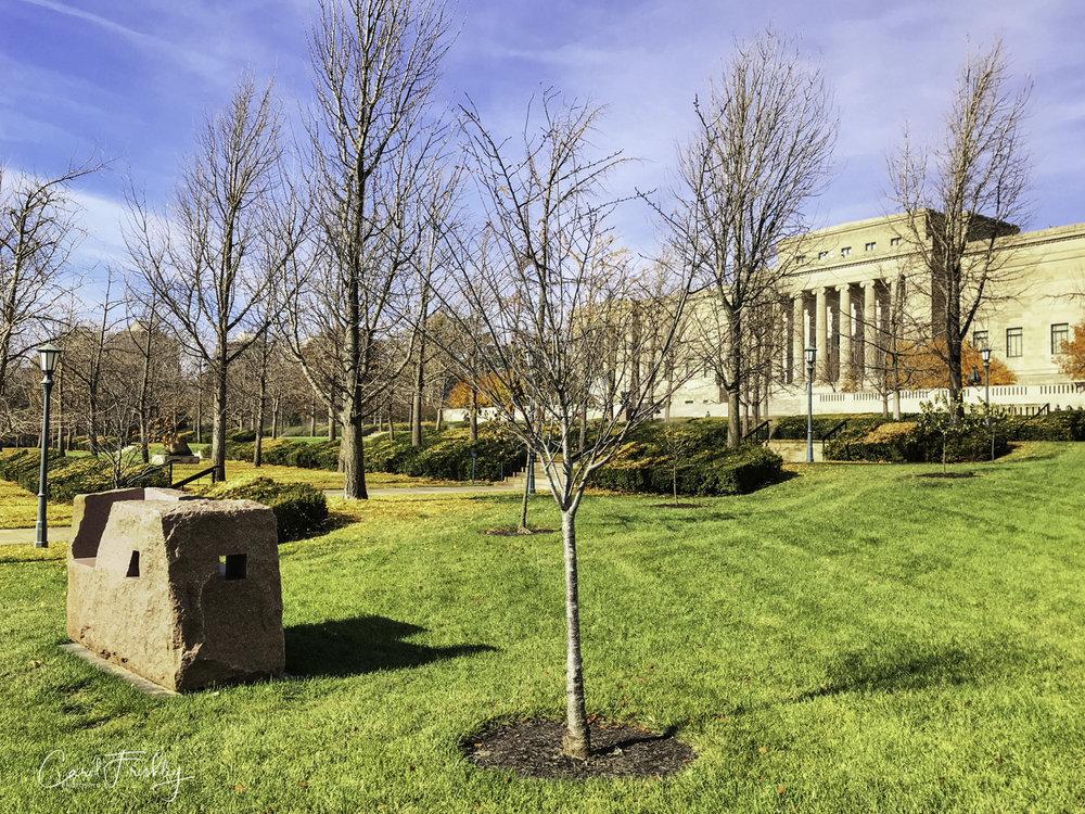 Neslon-Atkins Sculpture Garden-1.jpg