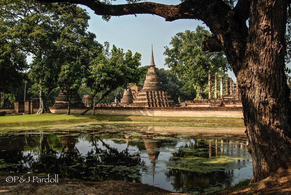 Ayutthaya Pagoda in Thailand2007