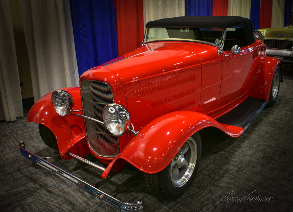 1932 Ford roadster full fendered.