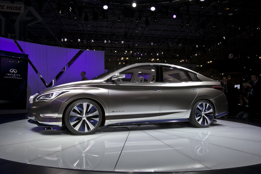 Infiniti_LE_All-Electric_Concept_3.jpg