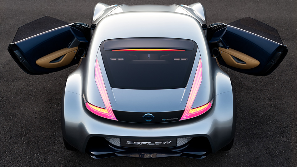 Nissan_ESFLOW_All-Electric_Concept3.jpg