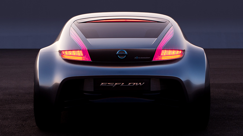 Nissan_ESFLOW_All-Electric_Concept5.jpg