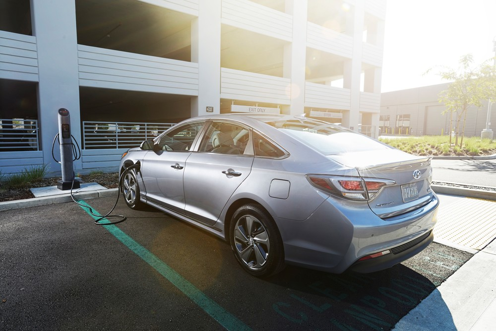 2016 Hyundai Sonata PHEV at Charging Station