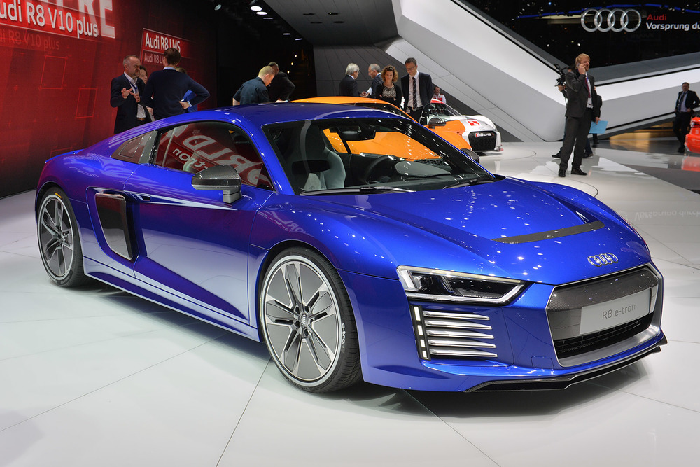 2016 Audi R8 e-tron at the 2015 Geneva Motor Show