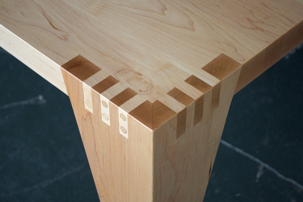 KH Dining Table Joint Detail 4