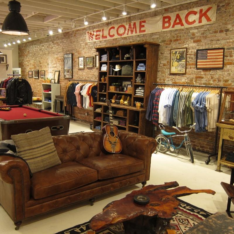 charlie's la - Store Design