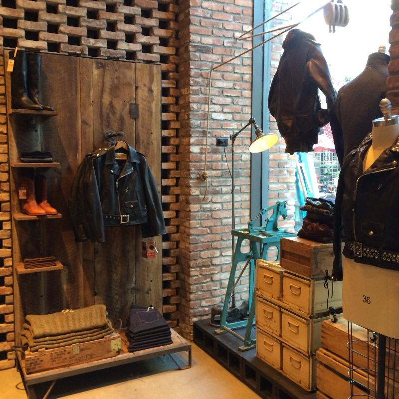Schott la - Visual Merchandising