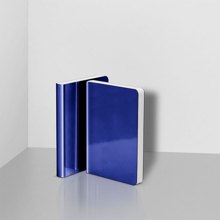 SHINY DARKBLUE NOTEBOOK by NUUNA
