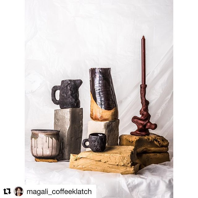 The #maxlamb #crockery #blackbasalt in the #ceramics special for @demorgenmagazine. Thank you @magali_coffeeklatch & @bart_coffeeklatch for the 👌 styling and photography. •  #1882ltd #thegamedesignstore #thegameonline #brussels #onlineshop #design #mug #jug