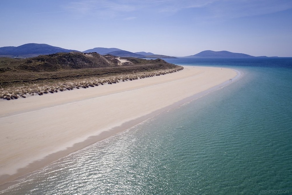 Luskentyre looking towards Chaipaval (Toe Head) by Mo Thomson