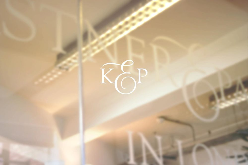 kastner_interior9_blurred_logo.jpg