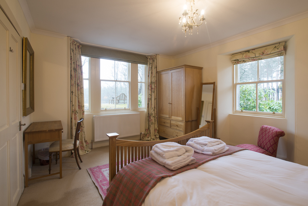 Gate Lodge bedroom