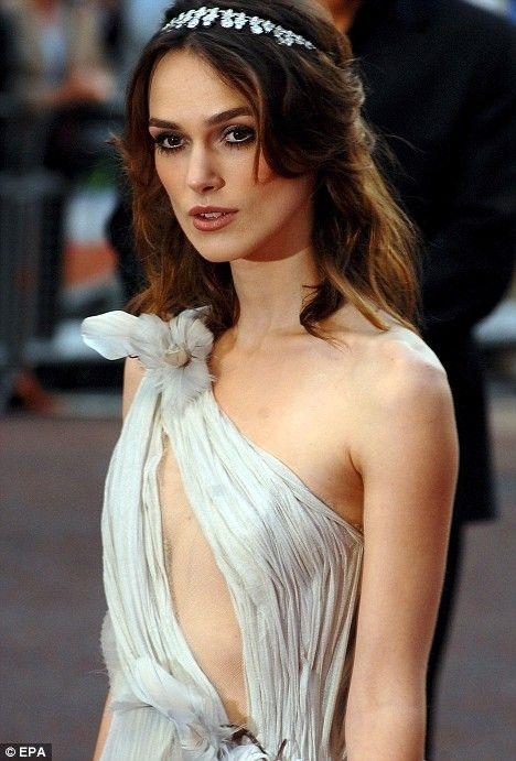 Kiera Knightly, toga-style