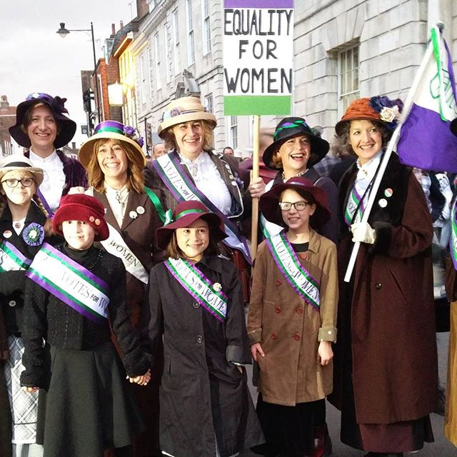 Suffragettes out in force at Lewes Bonfire yesterday, making the cause and nurturing the youth 🙏💜🙌 #lewesbonfire #sufragettes #equality #nobranoproblem #burnit #liberation