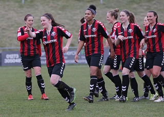 Lewes Womens' Team on the pitch, photo by James Boyes