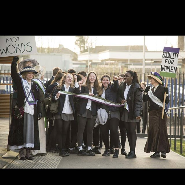 Awesome suffragettes from the past greeted schoolgirls from the present today to welcome them to see the film 'Suffragette' at the @lewes_depot  Organised in conjunction with @lewesfootballclub who are making the cause right here, right now for #equality in the future 👩👨⚽😍🙏 Photo cred to @100designswebsites #vote100lewes #suffragettes #causes #effects #genderequality #alevelplayingfield #equalityfc #100yearsandwaytogo