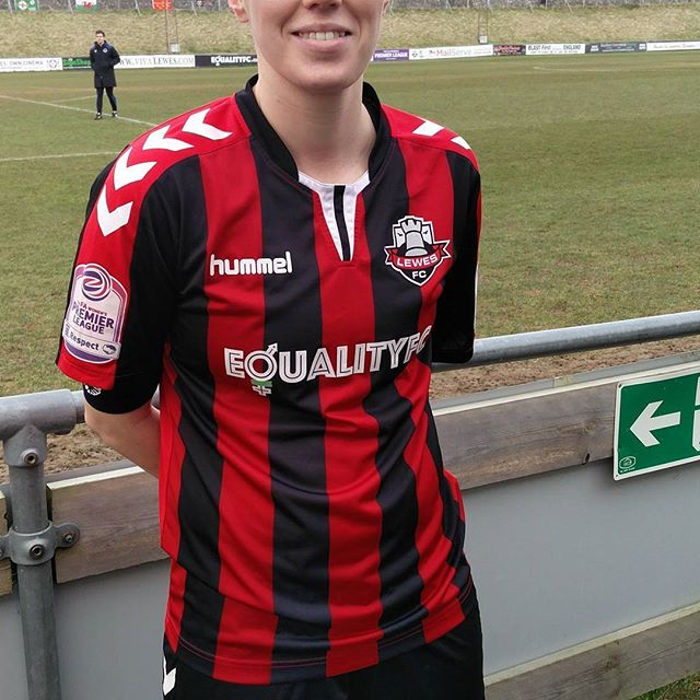 KD was speaking to @lewesfcwomen Captain Kate 'Macca' McIntyre on football, leadership and Equality FC. Read interview in link in bio. #womensfootball #equalityfc #equalpay #changingculture #deedsnotwords #lewesfc #tomboynomore