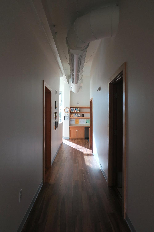 4. Hall.jpg