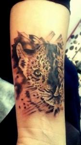 Execução de tatuagens e projetos