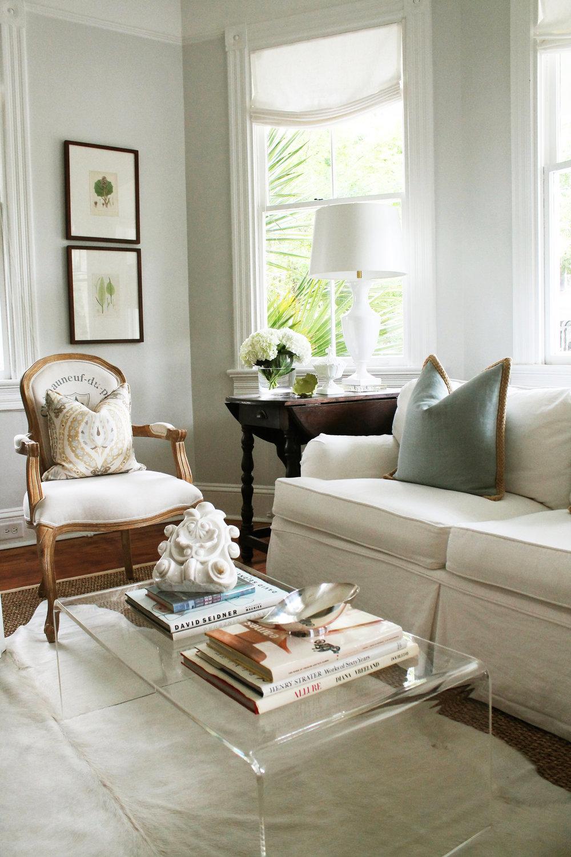 01. Living room scene warmer.jpg