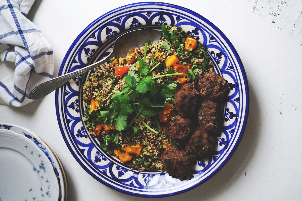 Quinoa met geroosterde pompoen en Marokkaanse gehaktballetjes