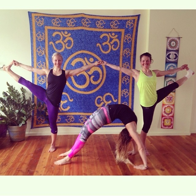 @christyprior @charlottevangils @kirstiina getting their Yoga on!! @metayoga #metayoga #breckenridge #yoga #communitycup2014