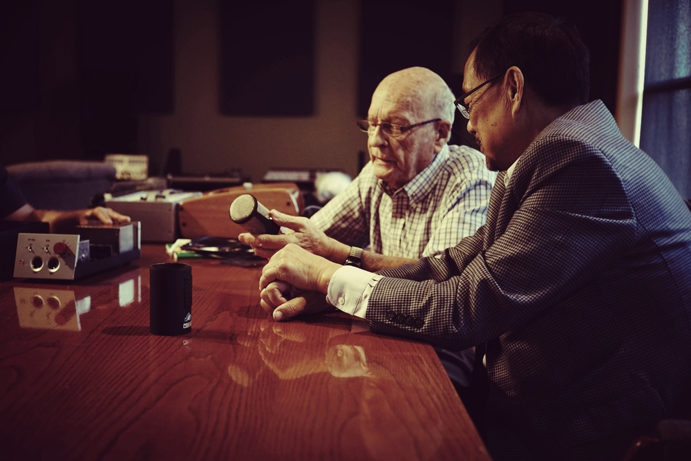 Mr. Rupert Neve & Mr. Siwei Zou at the Rupert Neve Designs office in Texas, October 2014.