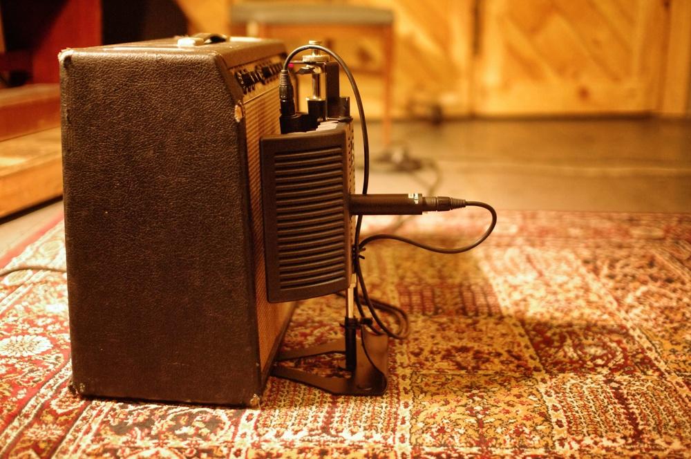amp3-far.jpg