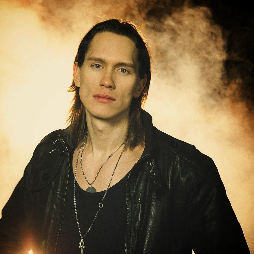 <p><a href=/artists/pellek>PelleK</a>YouTuber, Actor</p>