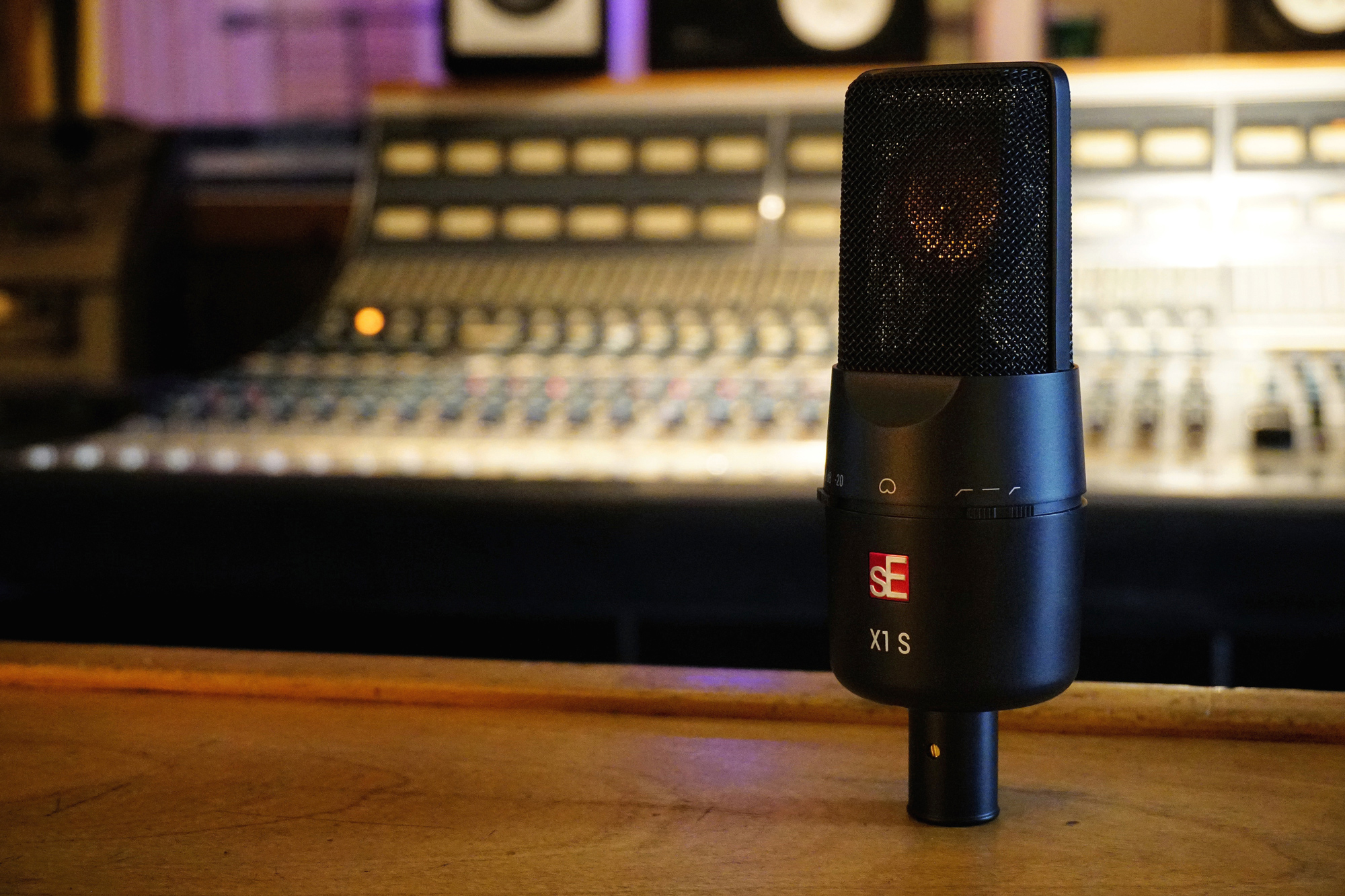 Se Electronics Introduces Newly Revamped X1 S Studio Live Recording Setup 2010 Condenser Microphone And Bundles