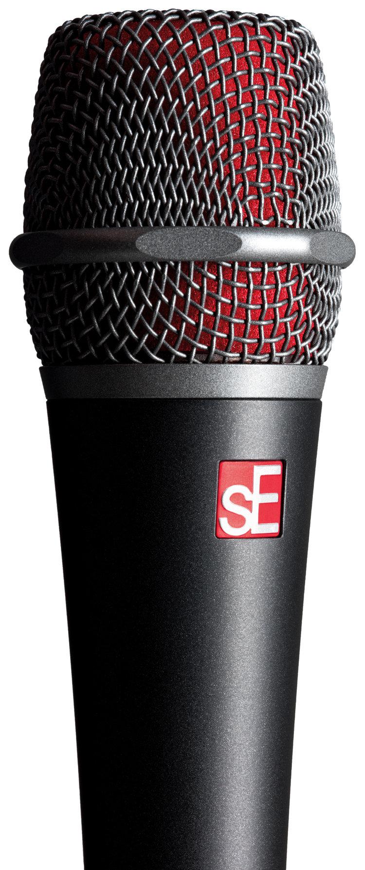 sE-V7-X-glamour-front-6872-web.jpg