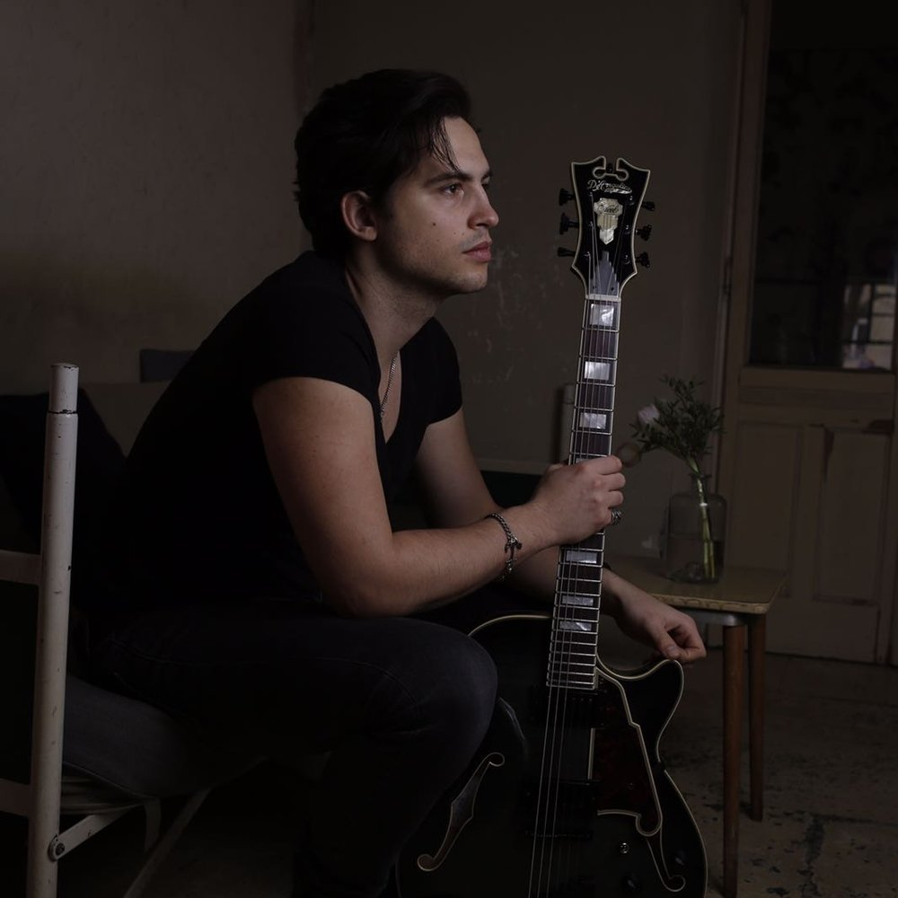 "<p><a href=""/artists/gene-caberra"">Gene Caberra</a>Guitarist, Singer, Songwriter</p>"