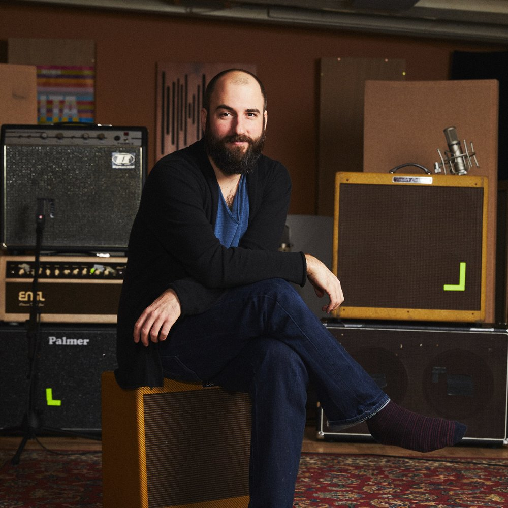 <p><a href=/artists/alexander-lausch>Alexander Lausch</a>Producer, Engineer, Musician</p>