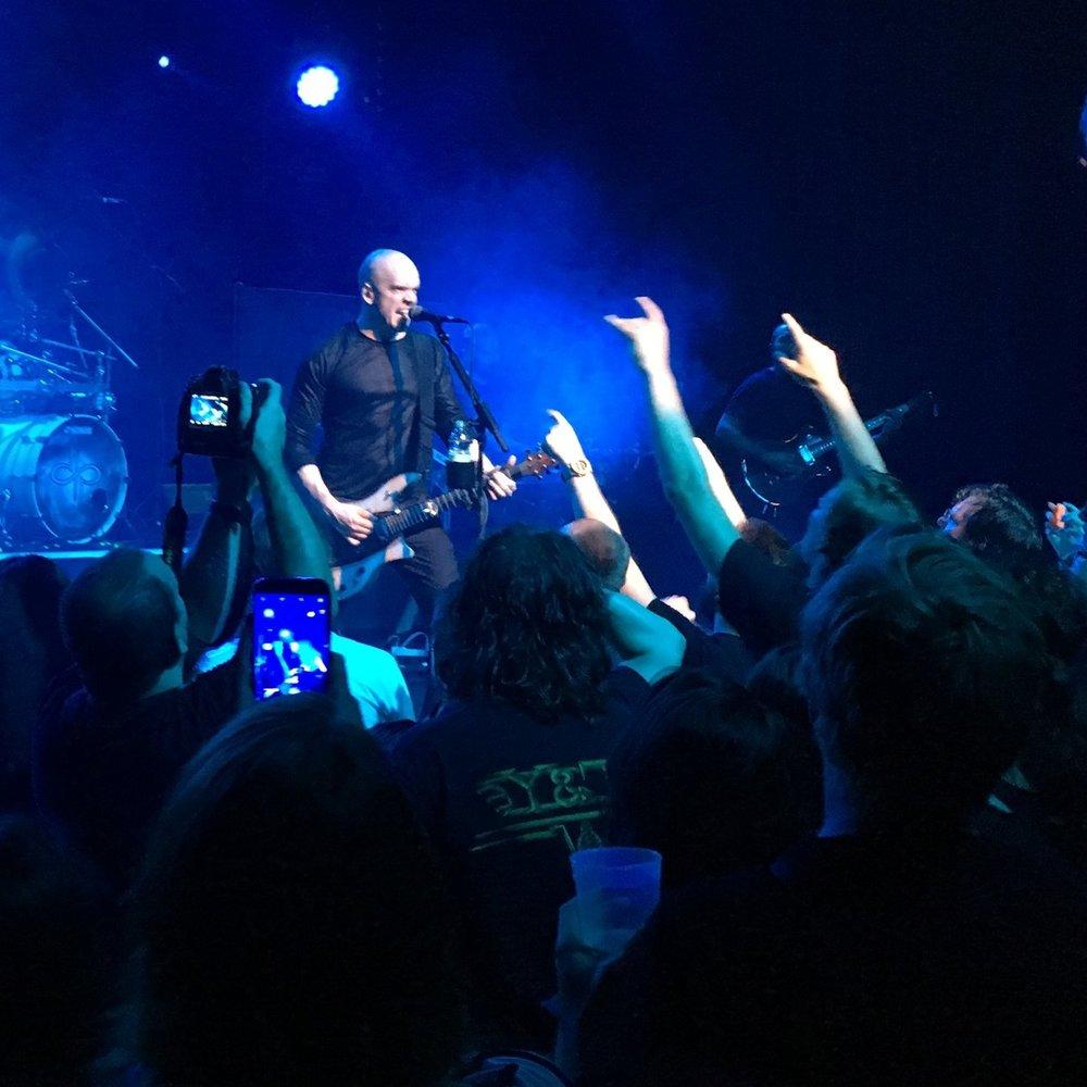<p><a href=/artists/devin-townsend>Devin Townsend</a>Singer / Songwriter / Guitarist</p>