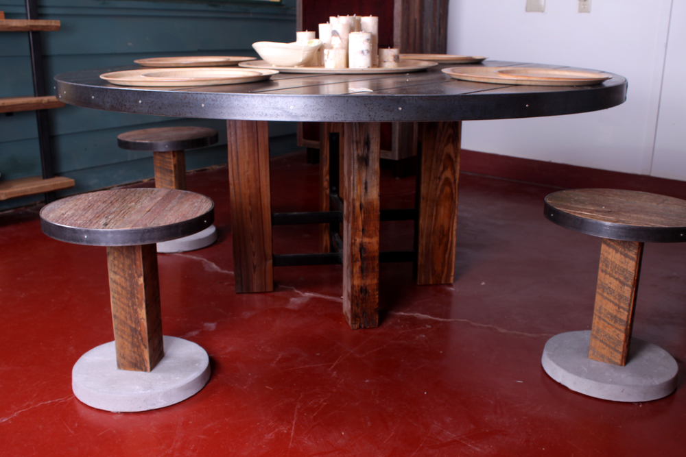 Round Dining And Stools 2