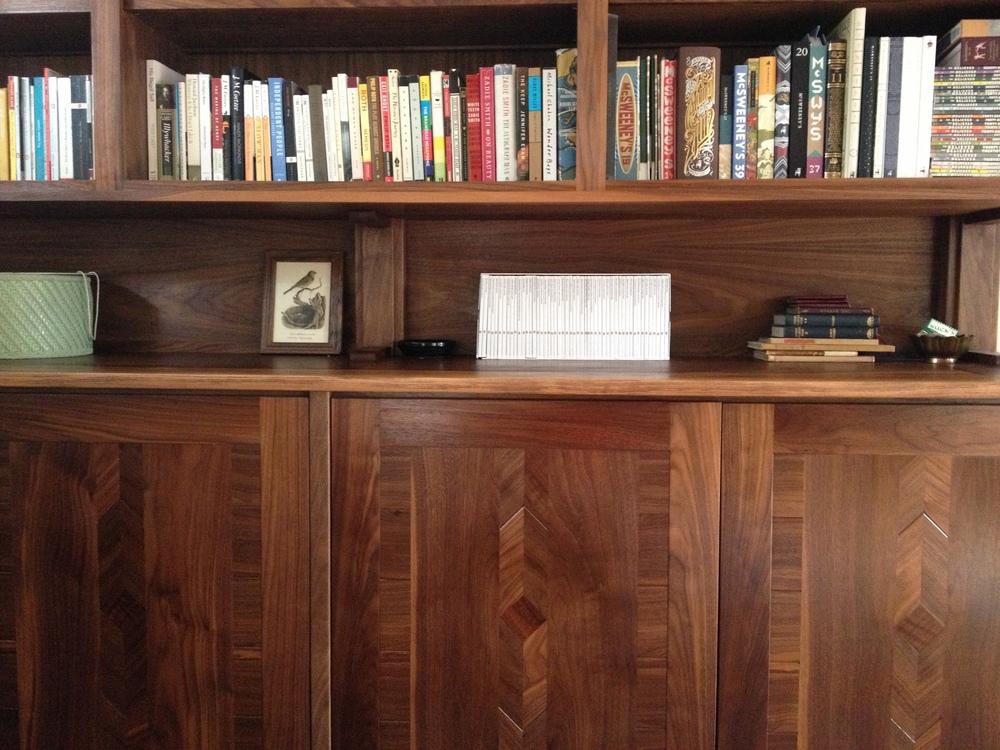 Built-in Cabinets/Bookshelves- Detail