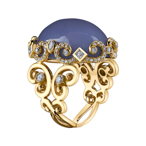 yellow gold ring, blue chalcedony, diamonds