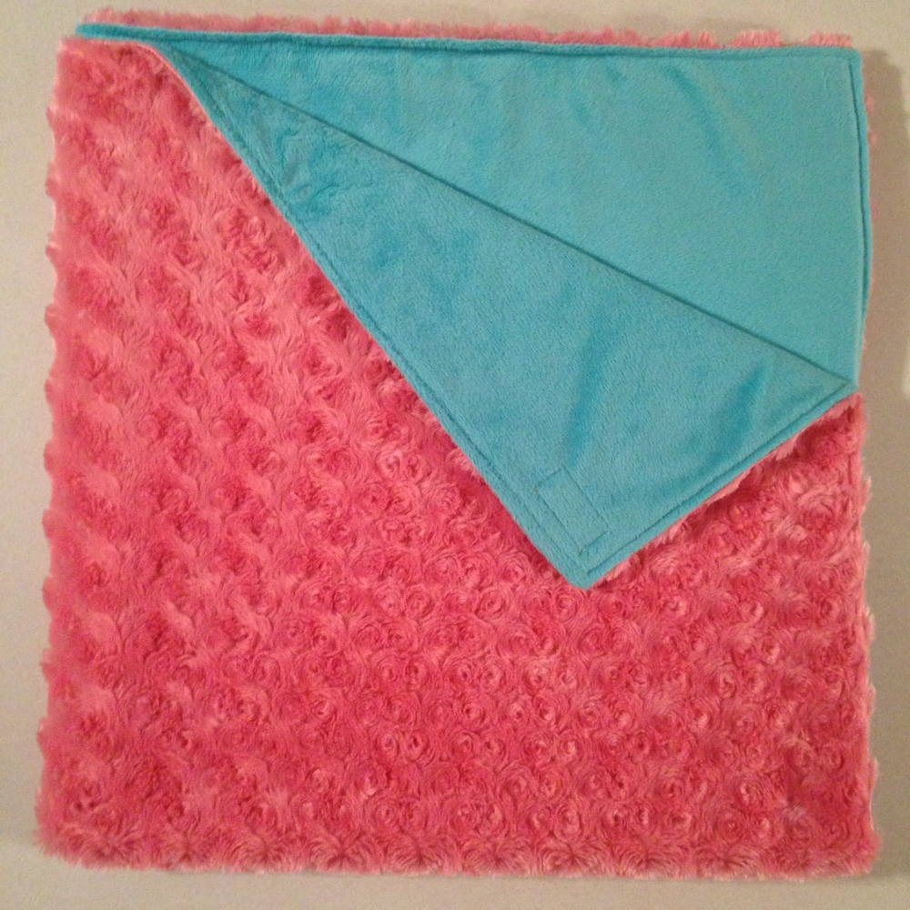 Coral rosette minky with teal.JPG